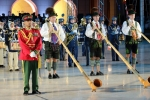 2015 Musikkapelle Ga.-Pa. in Oman Auftritt (2) Eröffnung