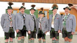 Ehrenvorstände: Peter Spanier, Paul Kollmannsberger, Oliver HöhnEhrenmitglieder: Karl Kröpl, Werner Furtner, Jörgi Schießlbauer