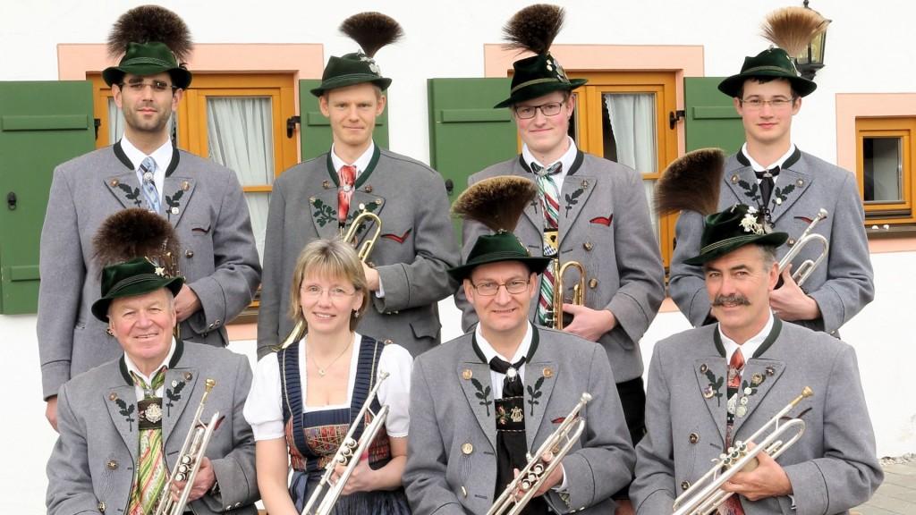 h.v.l.: Hubert Höck, Albert Fischer, Ludwig Eschelbach, Christoph Kollmannsberger<br />v.v.l.: Josef Reindl, Maren Höhn, Oliver Höhn, Hans Moser